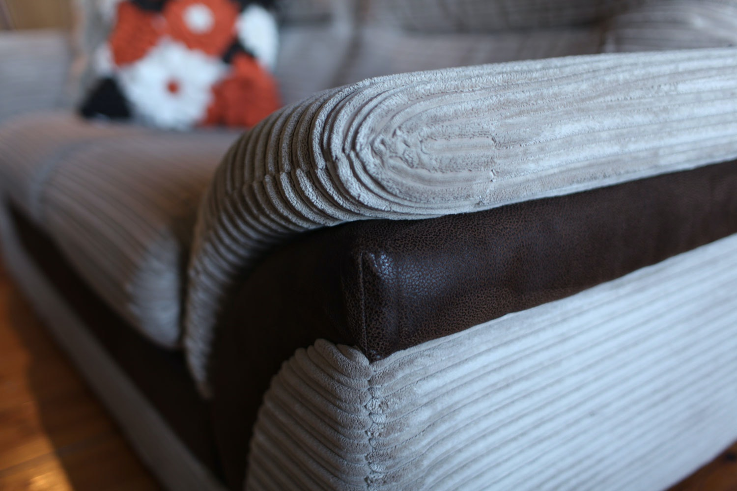 Pippa 2 Seater Sofa Detail