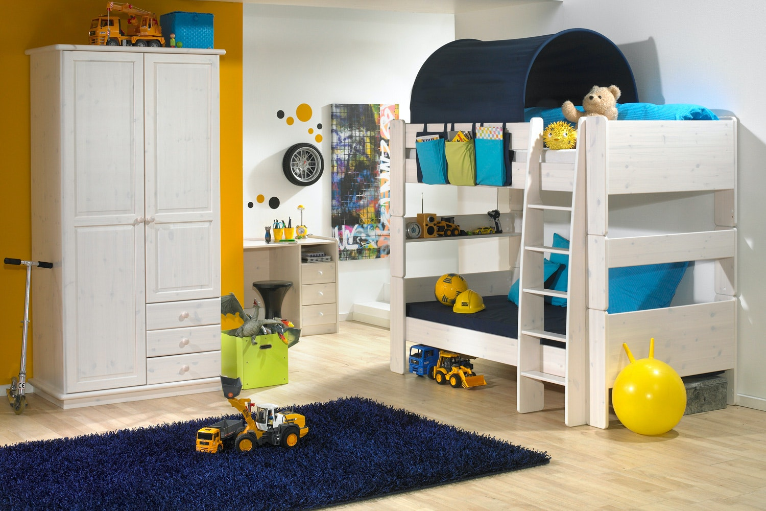 Popsicle Bunk Bed in white wash