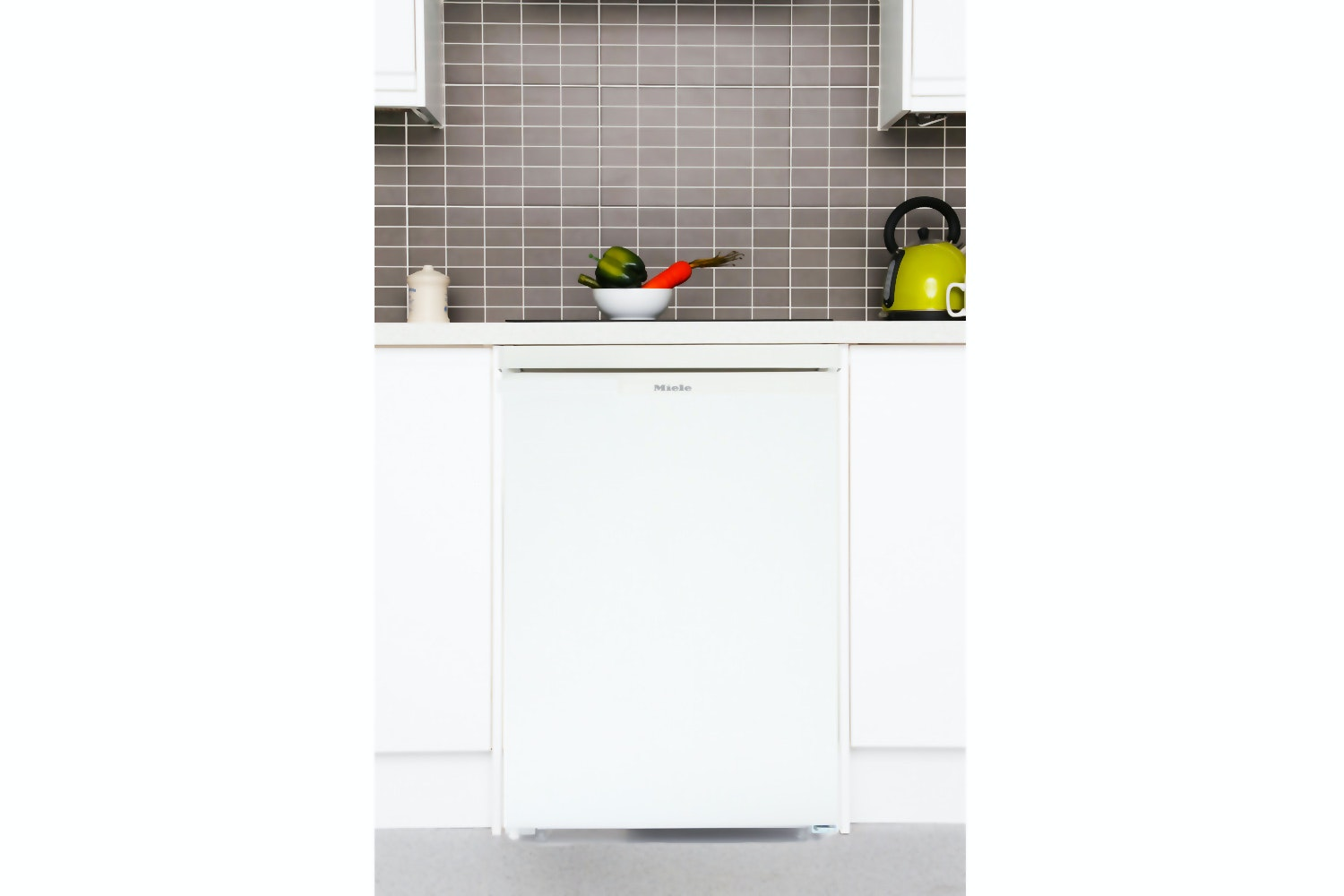 Miele K 12012 S-2  Freestanding refrigerator   with freezer compartment for intelligent refrigeration in the smallest space