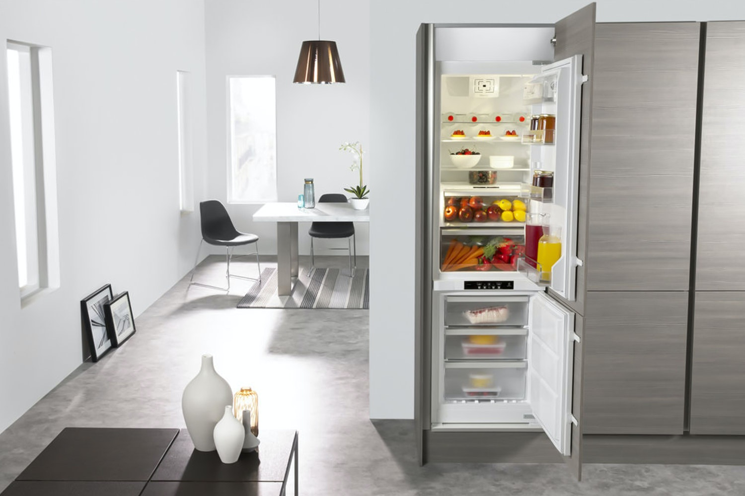 Whirlpool Built In Fridge Freezer | ART201/63A+/NF