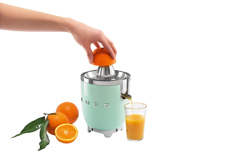 Smeg Retro Citrus Juicer | Pastel Green