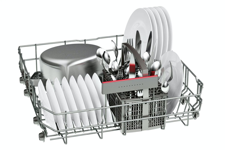 Bosch Series 4 Freestanding Dishwasher   SMS46IW02G