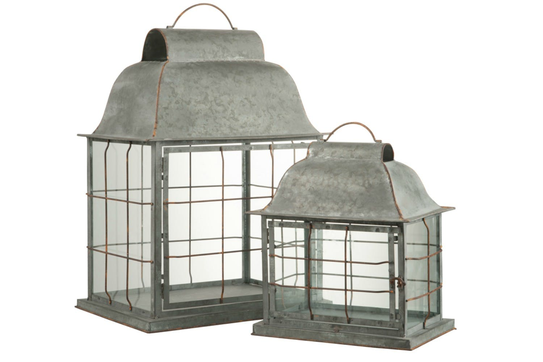 Set of 2 Metal Lanterns