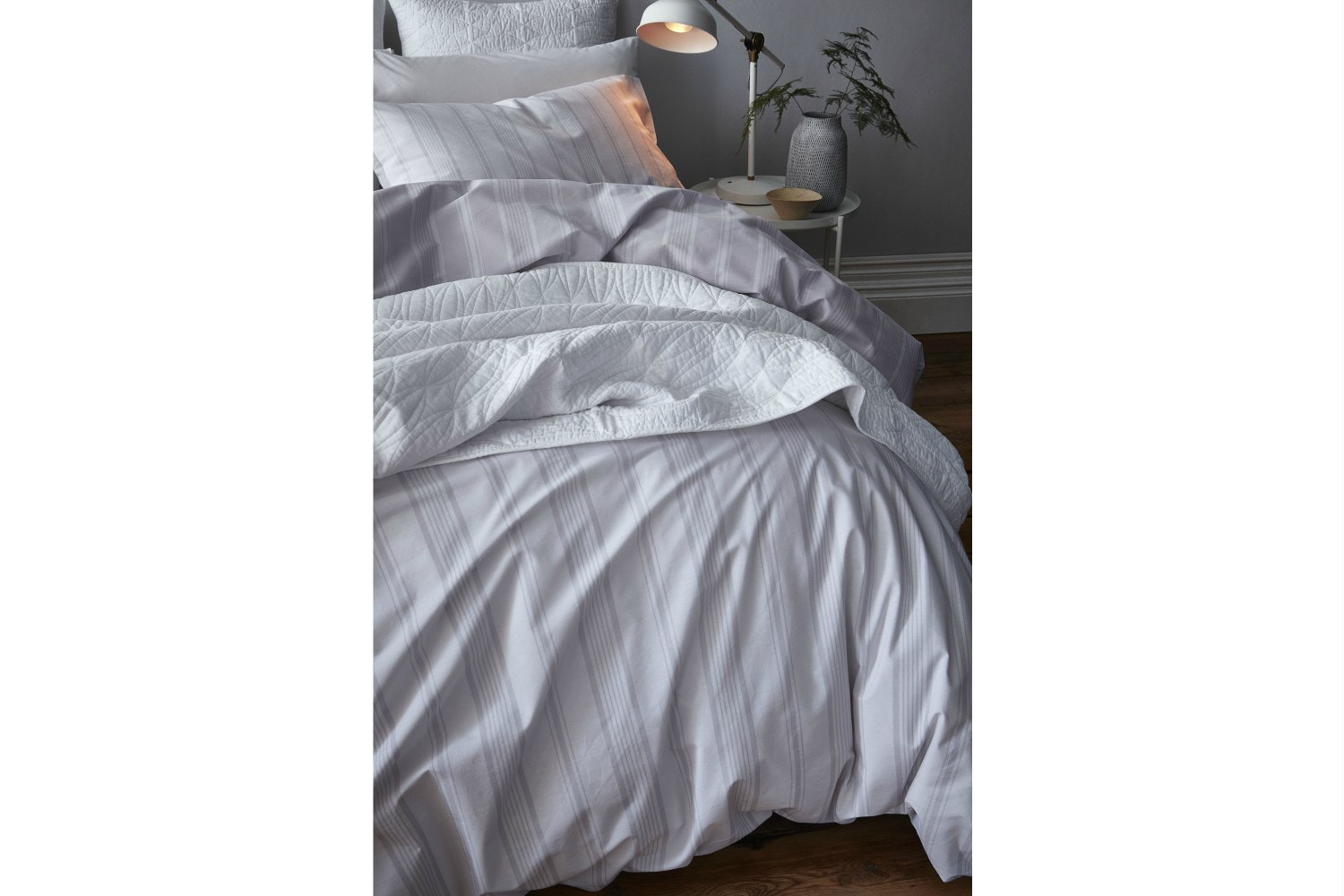 Cambridge Stripe White Duvet Cover Set| King