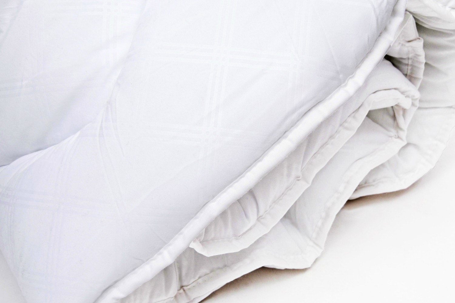 The Linen Room  Anti - Allergy Duvet 13.5 Tog | Double