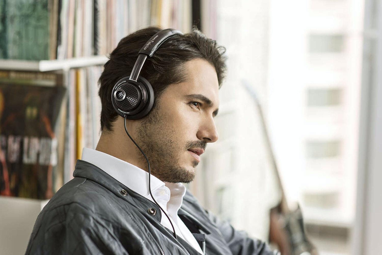 Philips Fidelio Lightning Connector Headphones | M2L/00