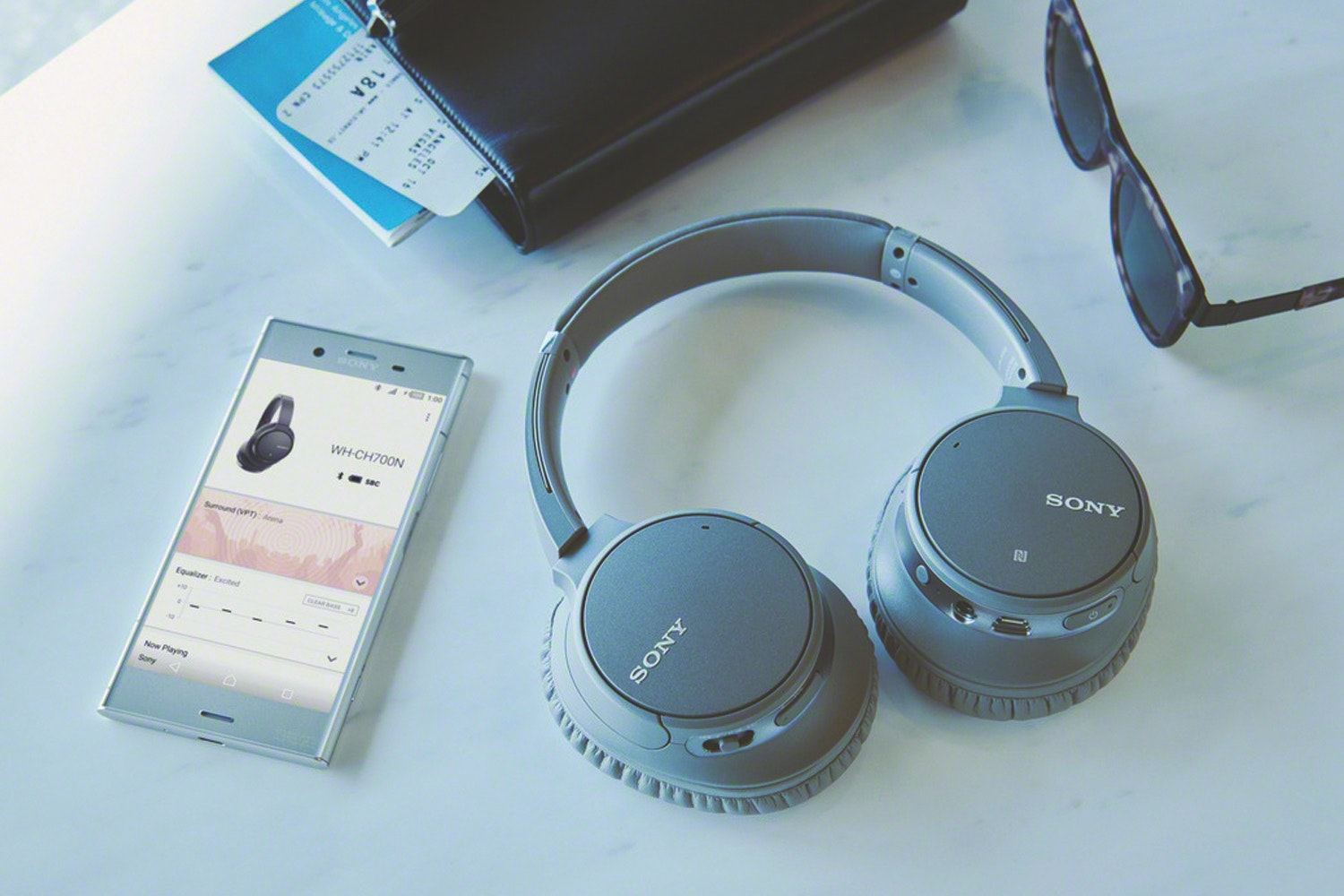 Sony WHCH700NH.CE7 Wireless Noise Cancelling Headphones
