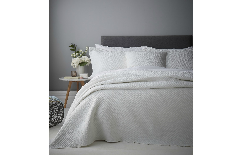 Stonewash Diagonal Bedspread   White