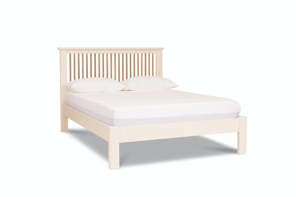 Kent Bed Frame | 4Ft6 | Spindal Cream & Oak