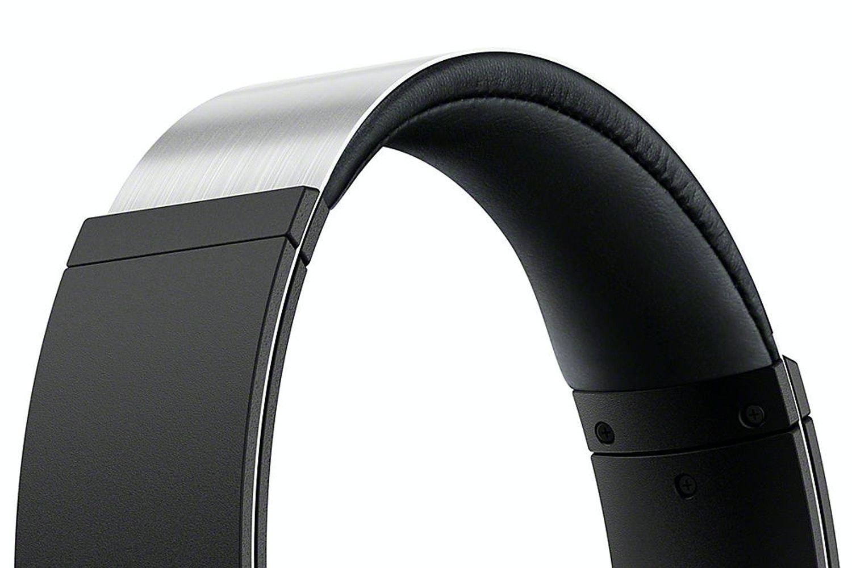 Sony MDR-XB950AP Xtra Bass Over Ear Headphones | Black