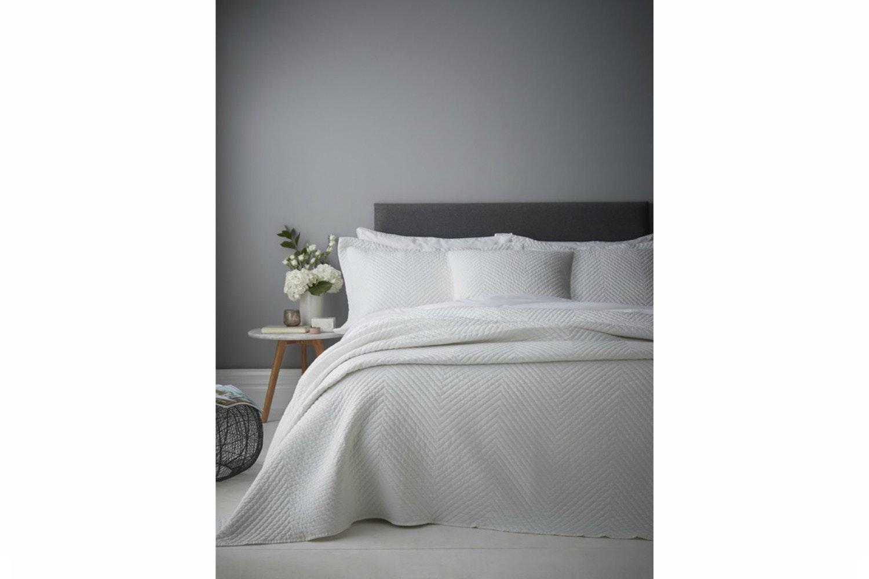 Stonewash Diagonal Cushion   White