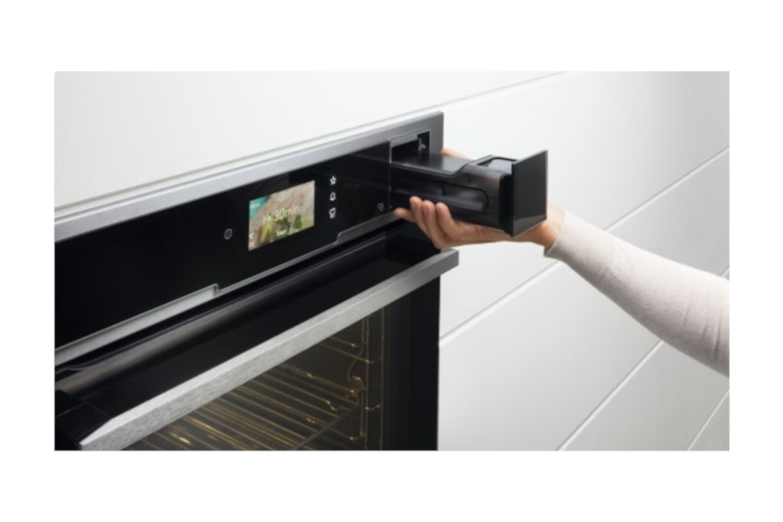 Electrolux Single Oven   EOB9956VAX