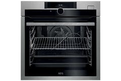 AEG SteamBoost Built-in Steam Oven | BSE882320M