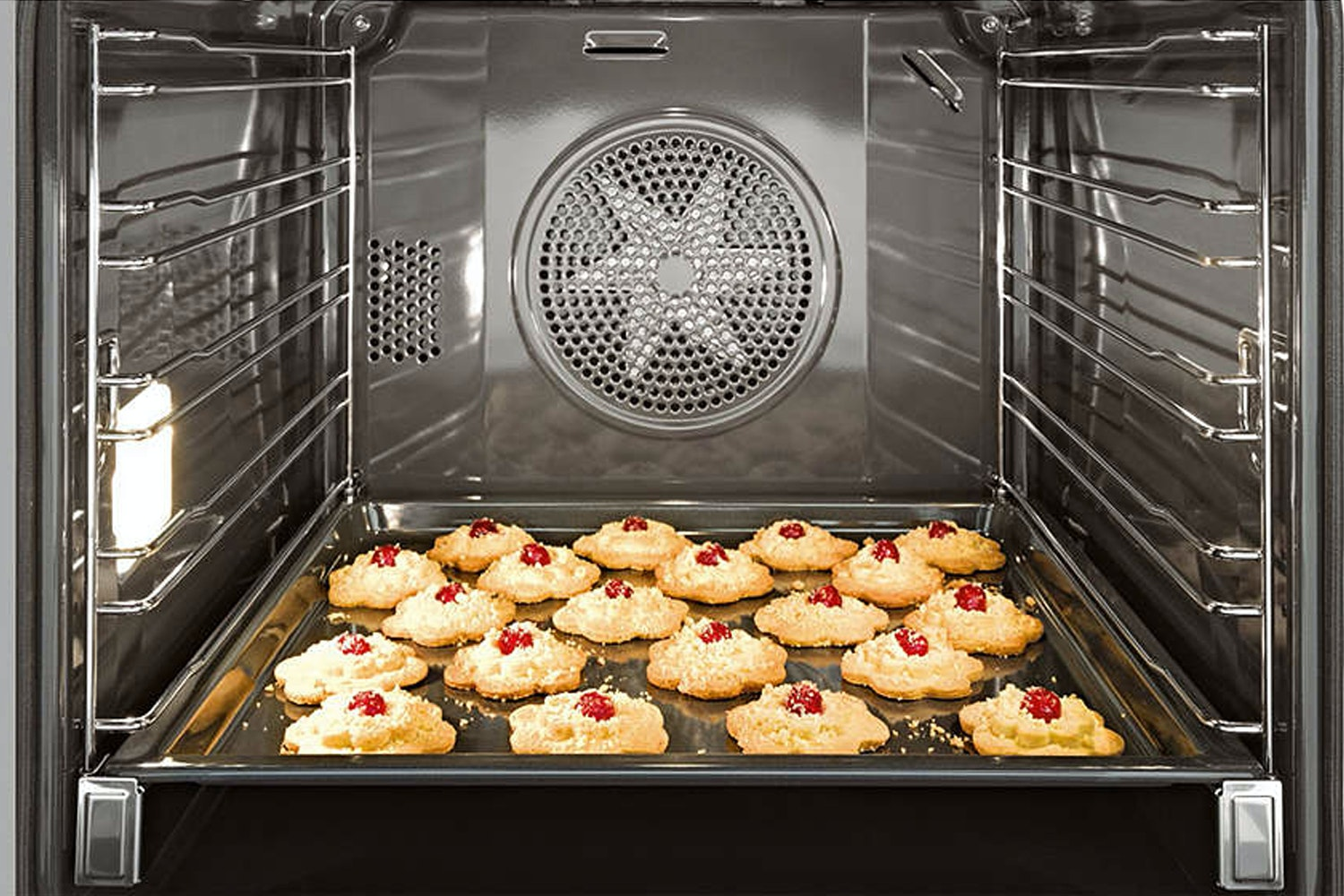 Miele H 6160 BP  Oven   with electronic clock and Moisture Plus for perfect cooking results