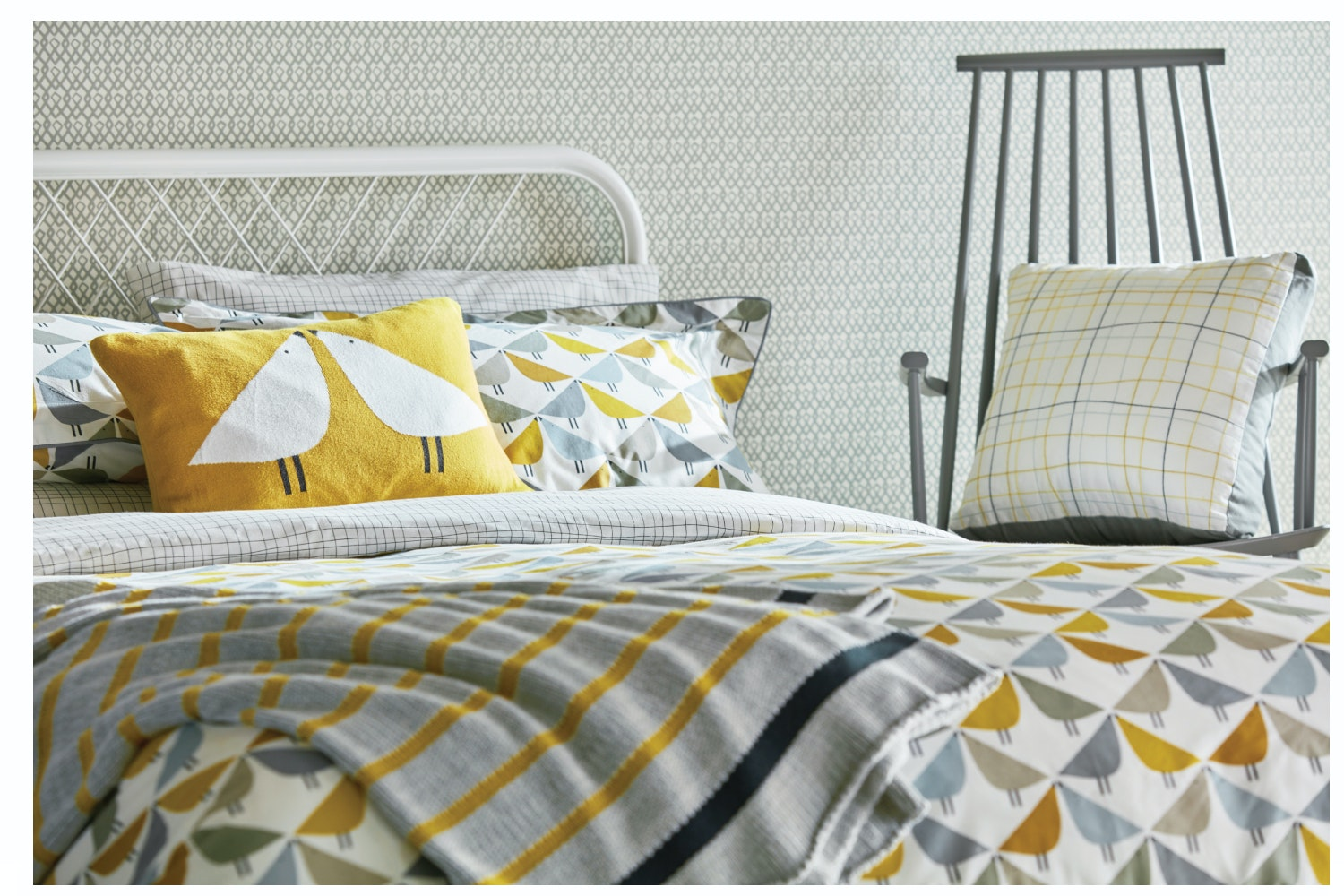Lintu Duvet Cover | King