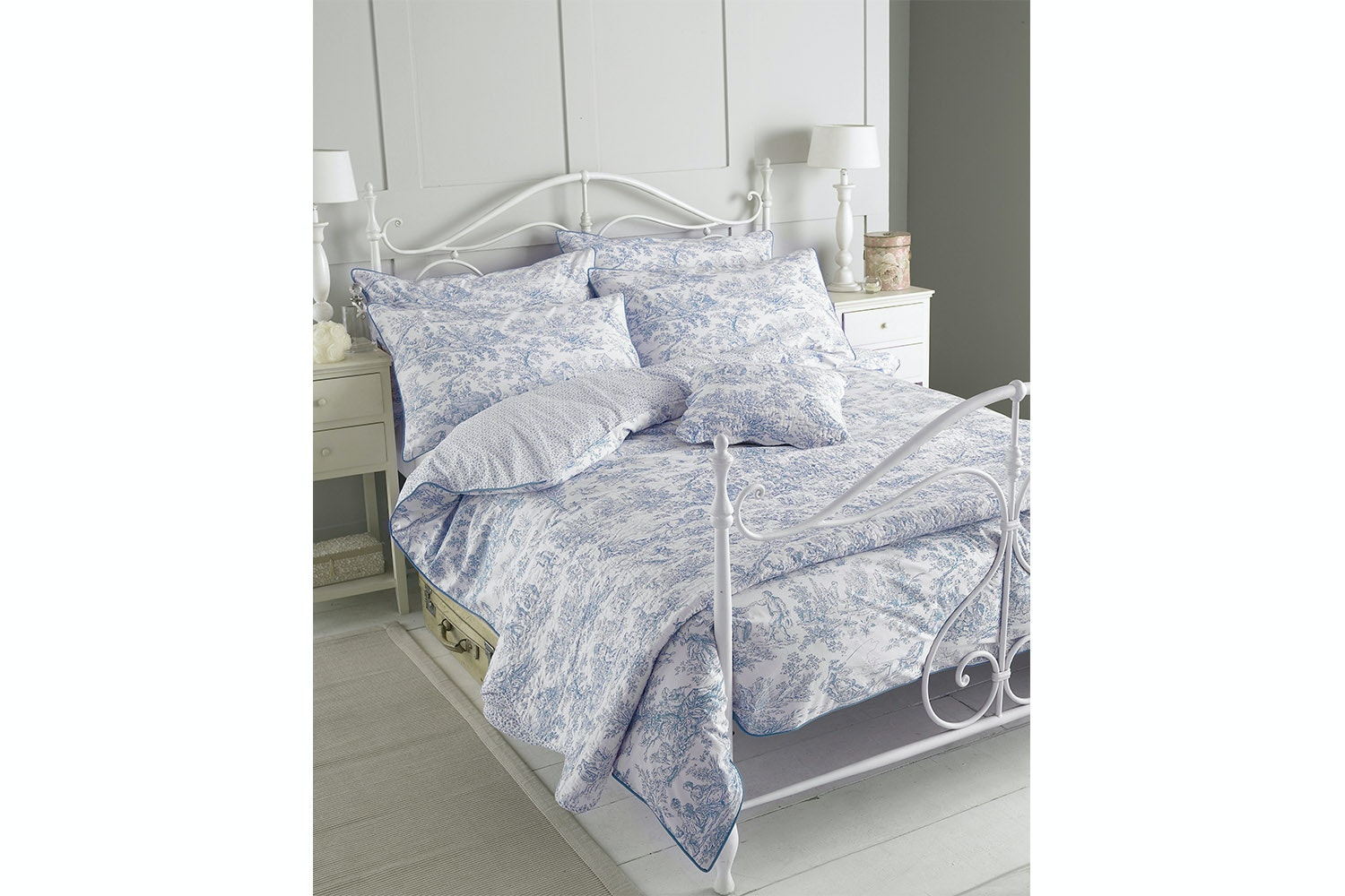 CANTERBURY TALES  Duvet Cover Set | Grey | Super King