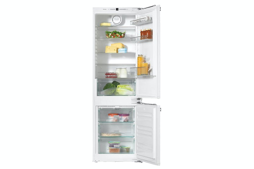 Miele KFN 37232 iD  Built-in fridge-freezer   combination for convenient storing of food thanks to Dynamic cooling and Vario room