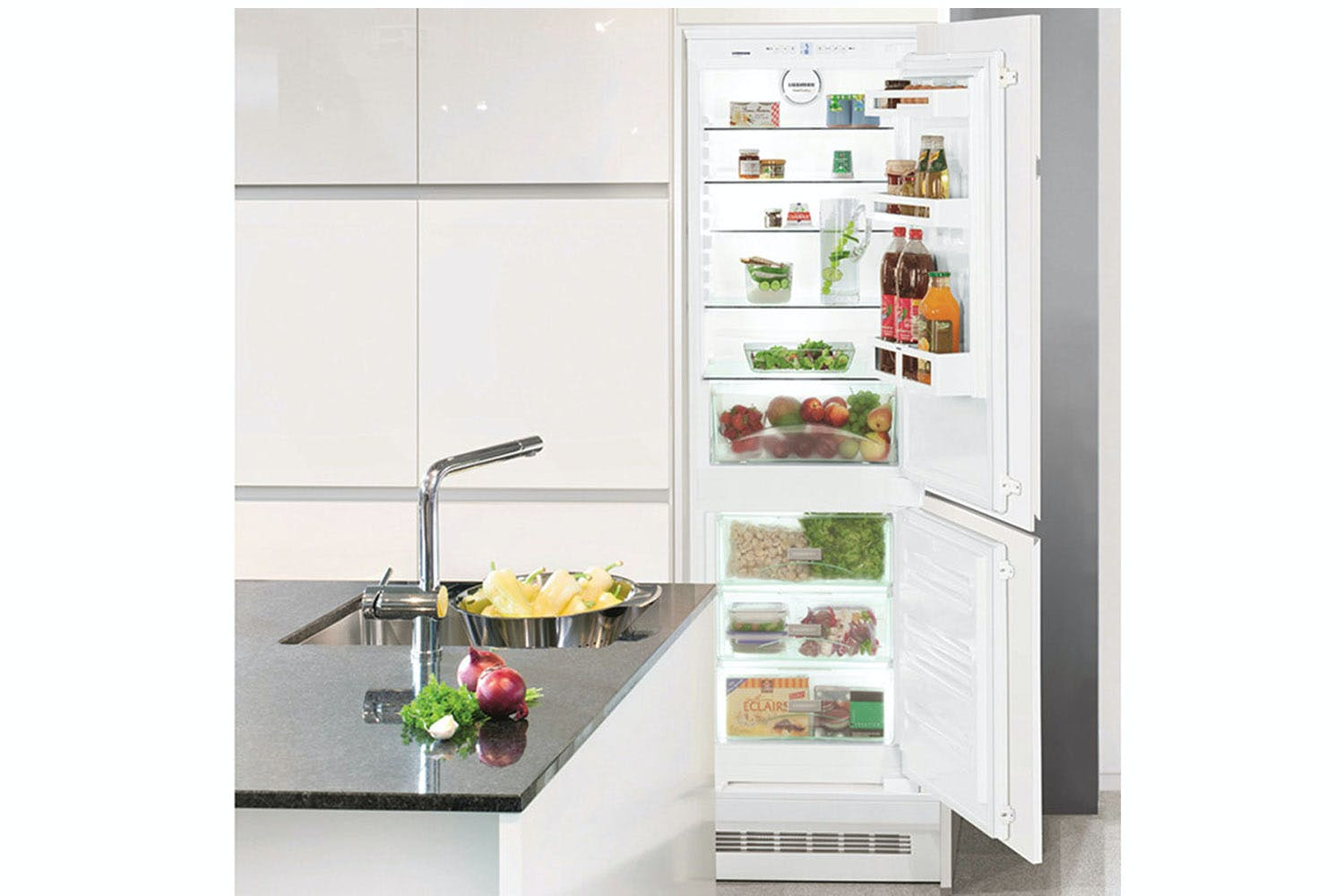 Liebherr Integrated Fridge Freezer | ICS3334