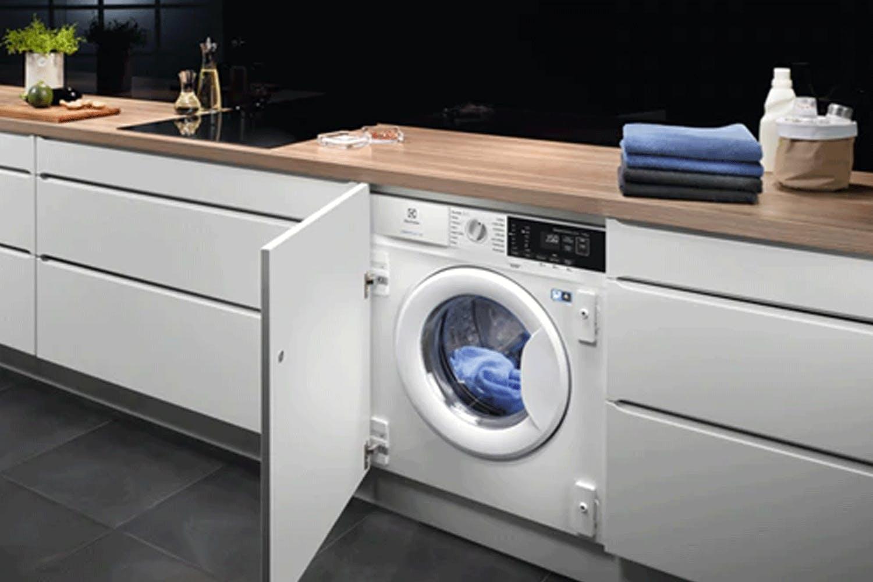 Electrolux 7kg Fully Integrated Washing Machine | E772F402BI