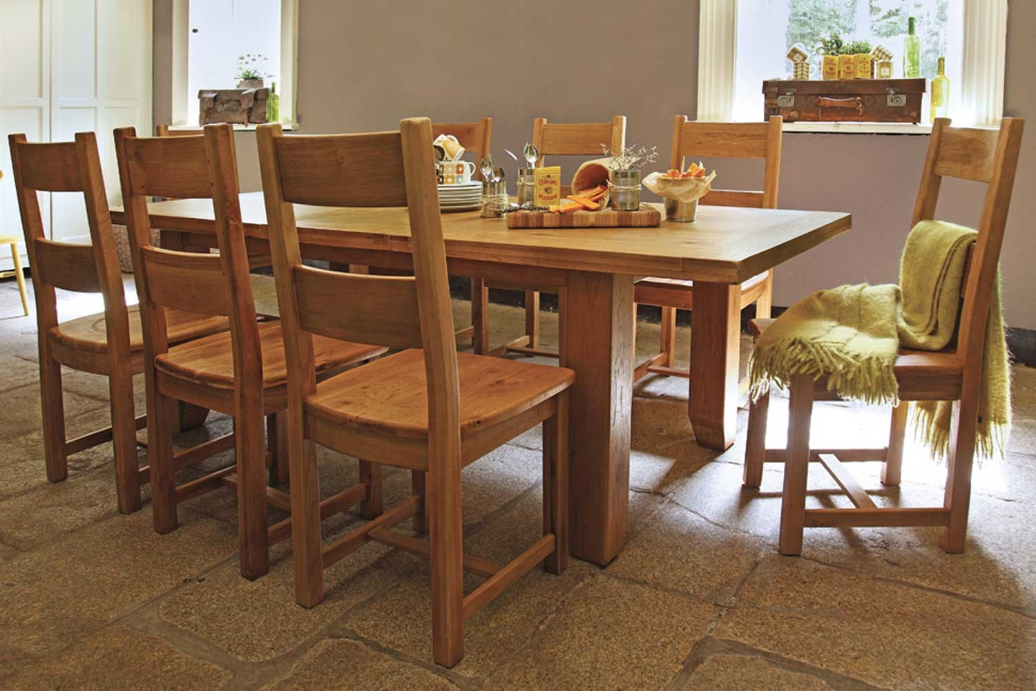 Wellington 9-Piece Dining Set