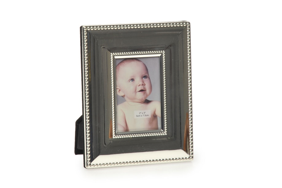Silver Dotted Photoframe 5 x 7