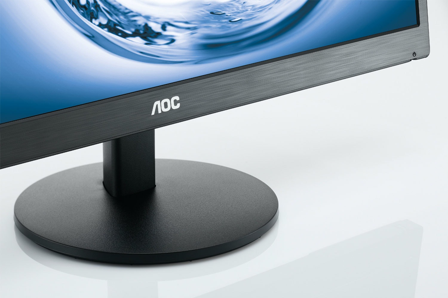 "AOC 27"" LED Monitor 