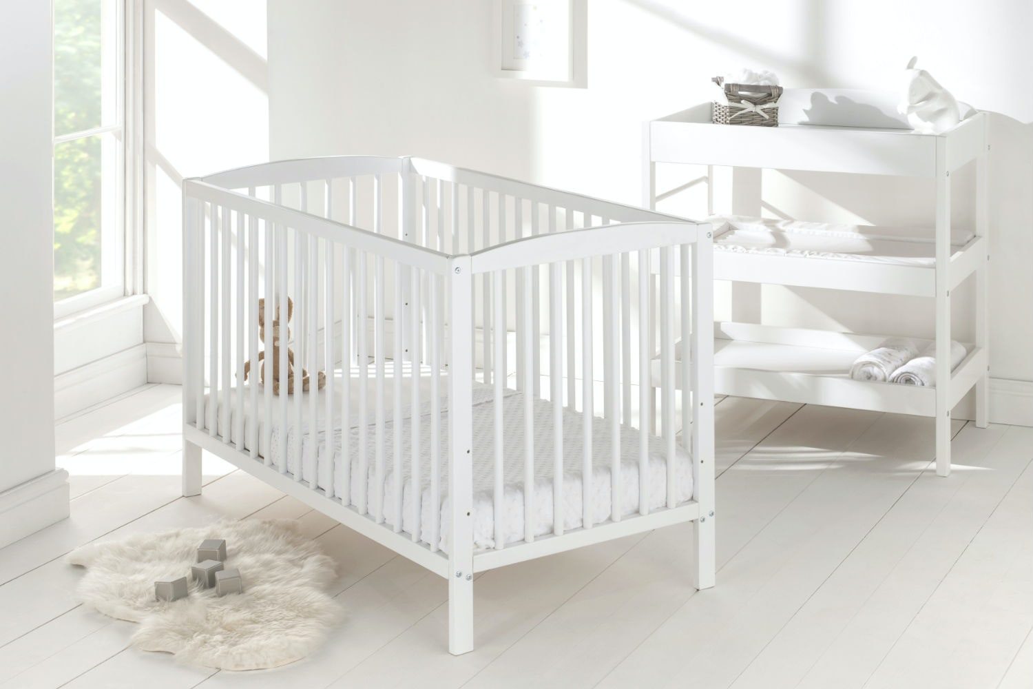 Baby Bumble Cot | White