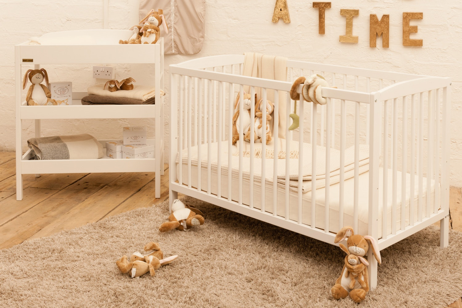 Baby Bumble Nursery Bundle with Mattress