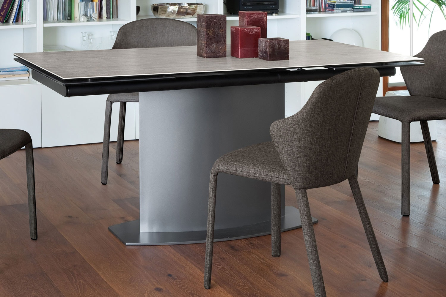 Discovery Dining Table | Grey