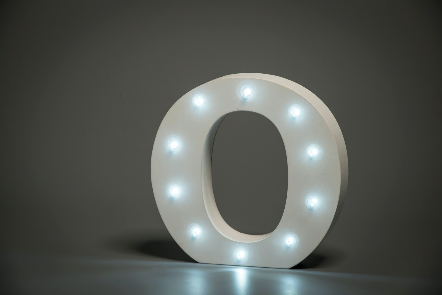 Up In Lights Illuminated Letter | O