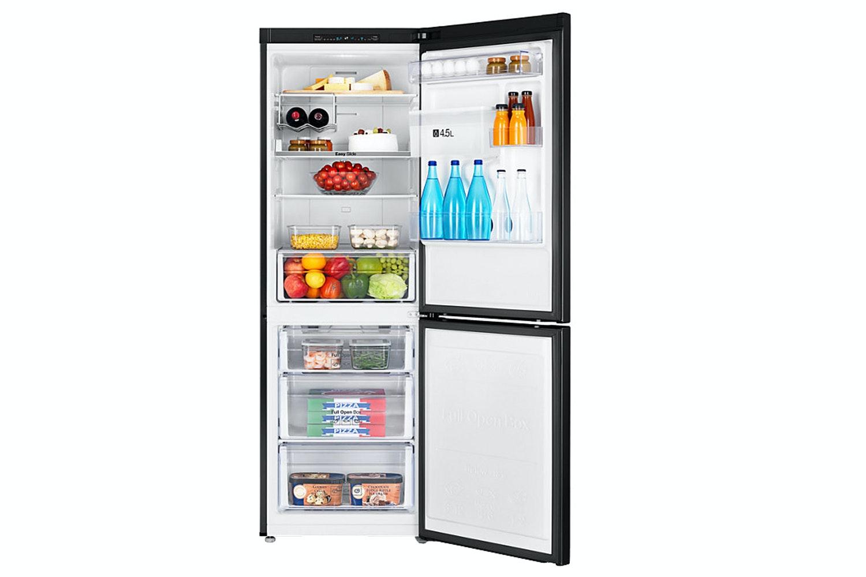 Samsung Freestanding Fridge Freezer   RB29FWRNDBC