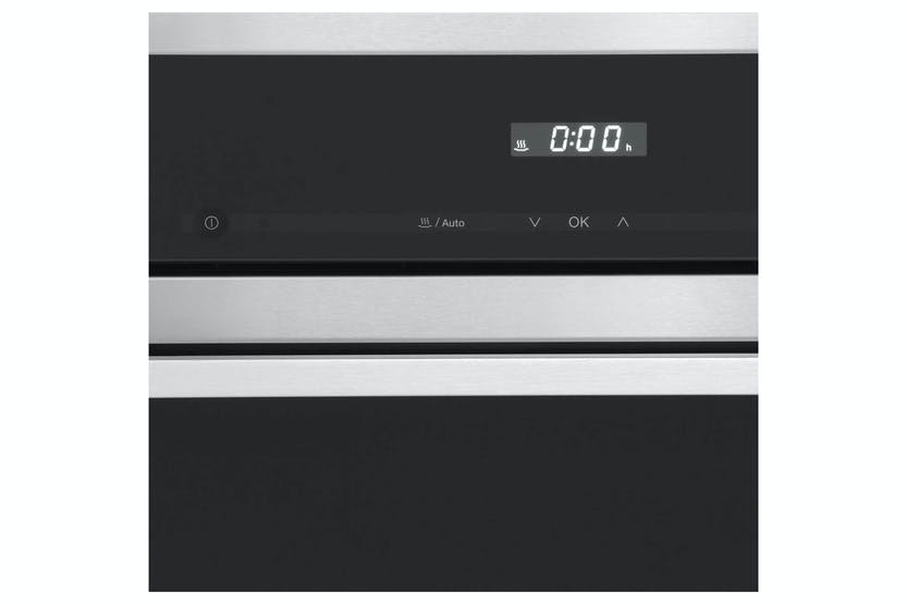 Miele DG 6100  Built-in steam oven   with discreet display and integrated sensors for easy operation