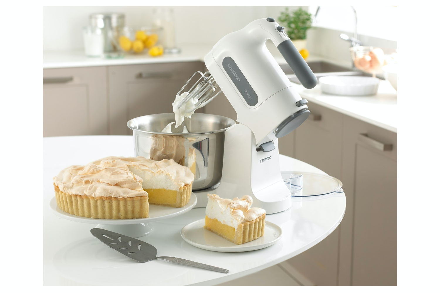 Kenwood Chefette Hand Mixer | HM680