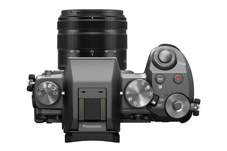 Panasonic Lumix   DMC-G7KEB-S
