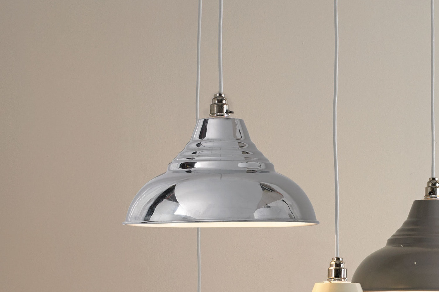 Vintage Pendant Lamp | Chrome