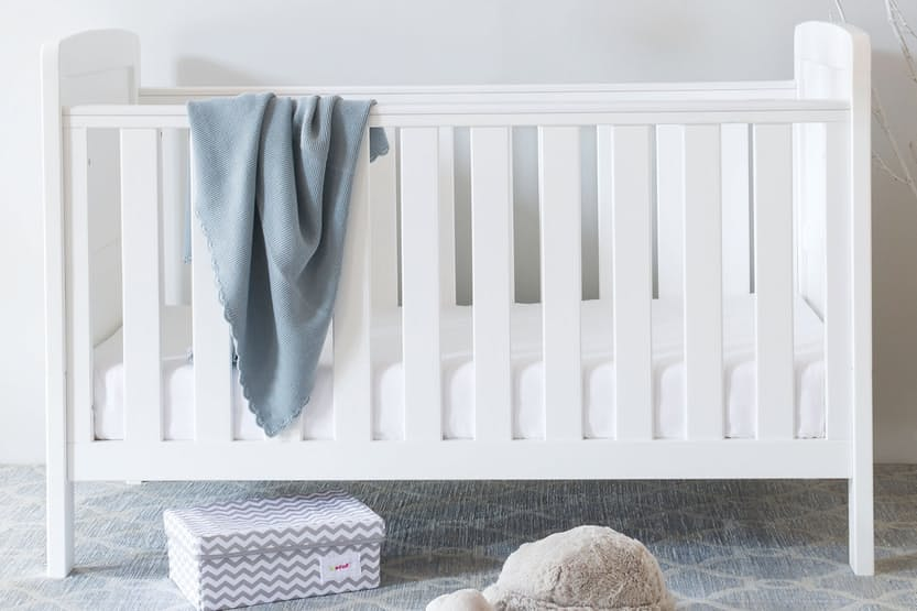 Austin 2-in-1 Cot Bed Frame | White