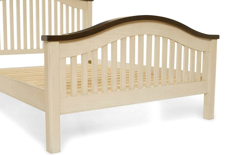 Wellington Bed Frame | Cream | 4ft6