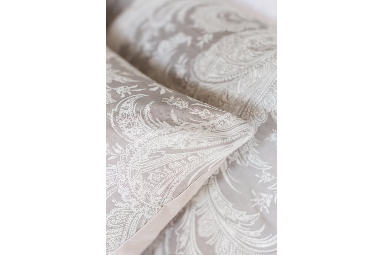 The Linen Room Damask Duvet Cover Set | Super King