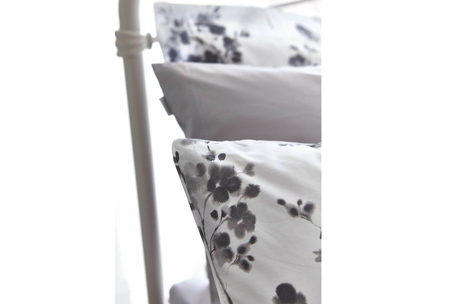 Sprig Cotton Print Grey Duvet Set | King
