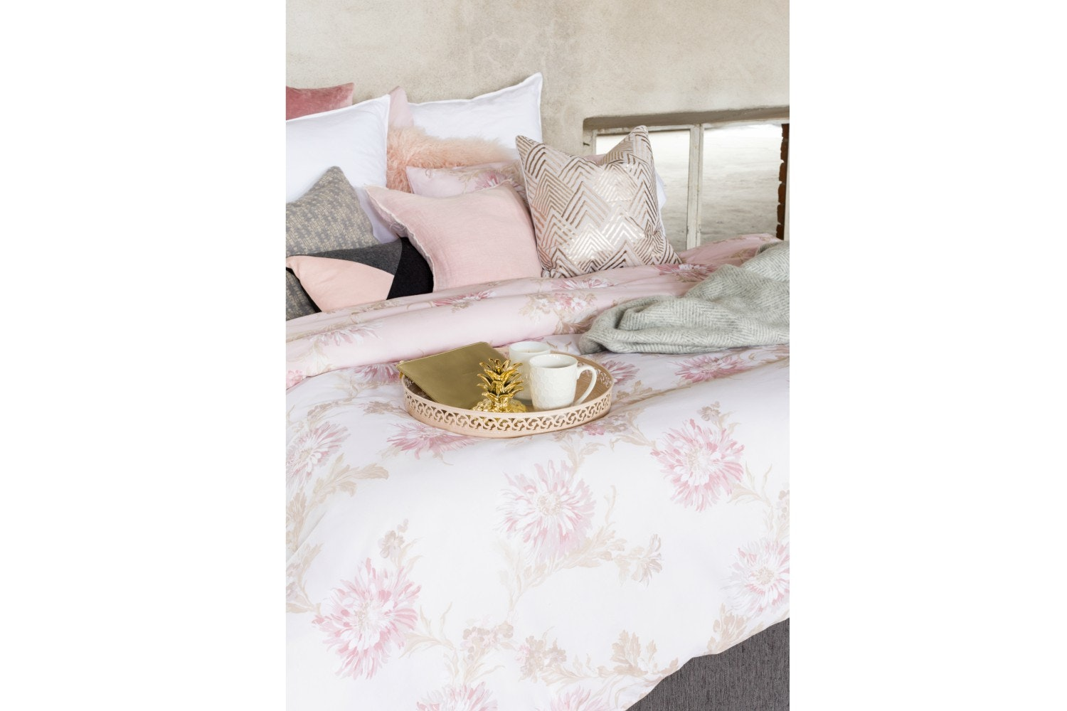 Chrysanthemum Blush Quilt Set | Double