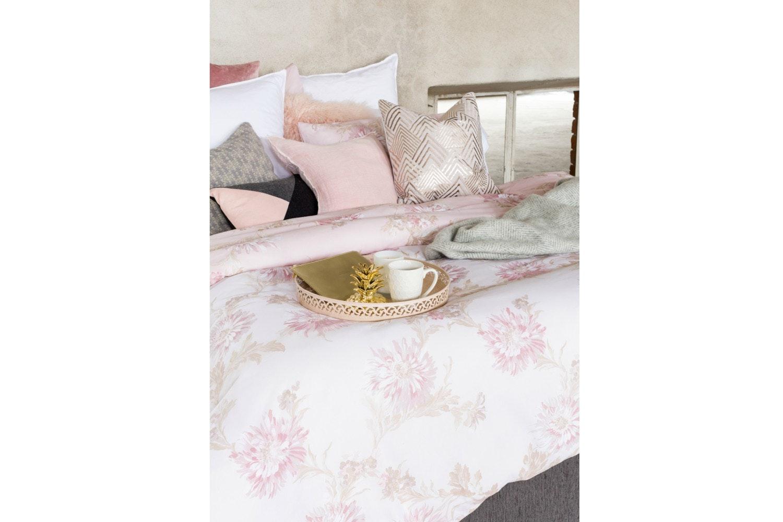 Chrysanthemum Blush Duvet Cover Set | Double