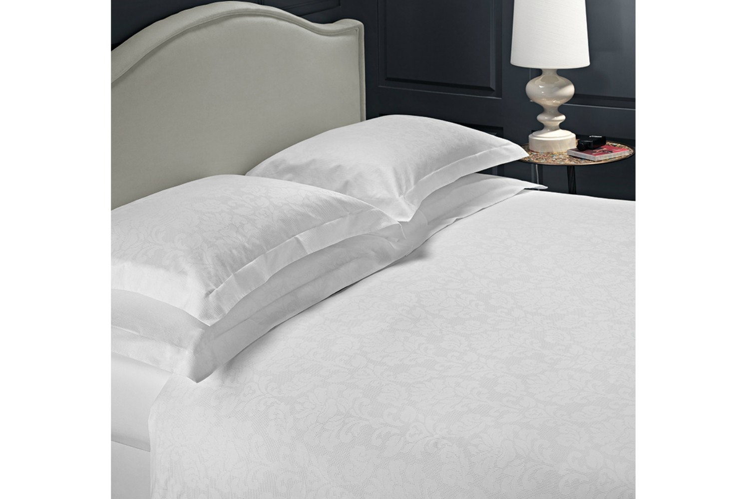 The Linen Room Athena Duvet Cover Set | King