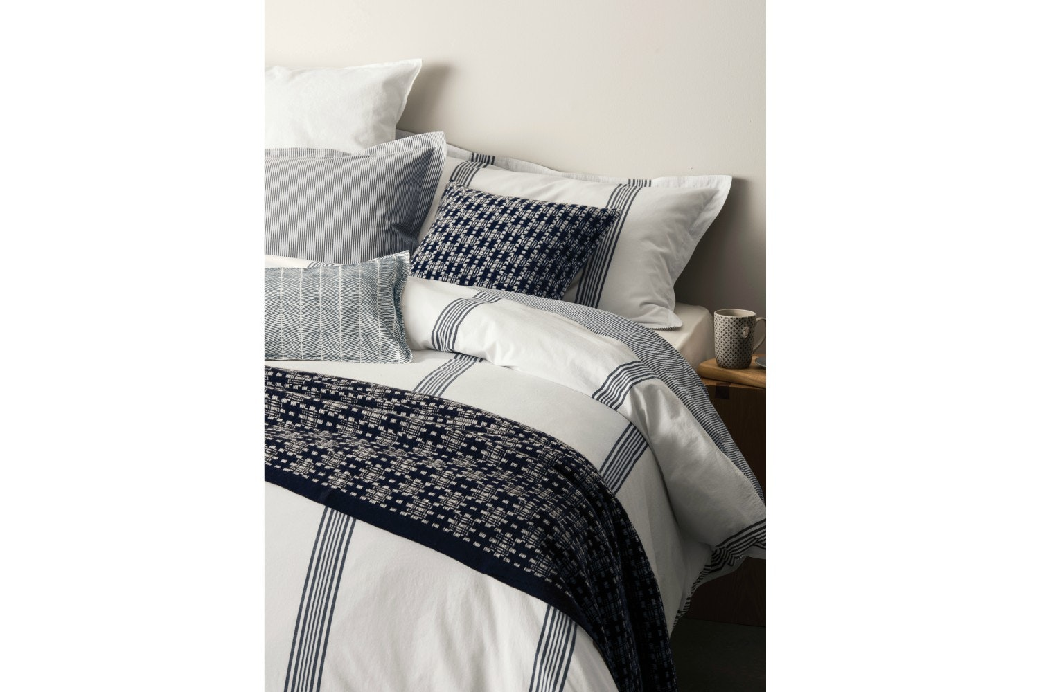 Murmur Broad Stripe Double Duvet Cover White & Indigo