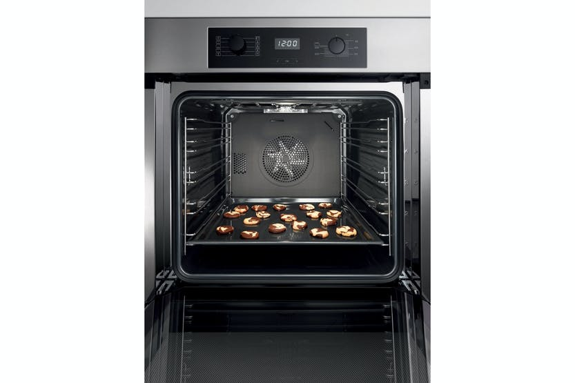 Miele H 2265 BP Active  Oven   with timer, XL oven compartment and pyrolytic cleaning