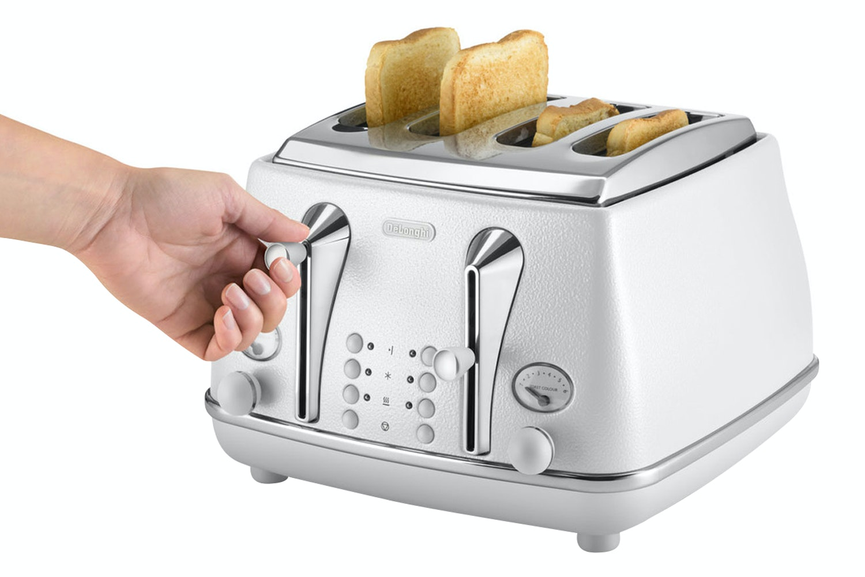 Delonghi 4 Slice Icona Elements Toaster | CTOE4003.W | White