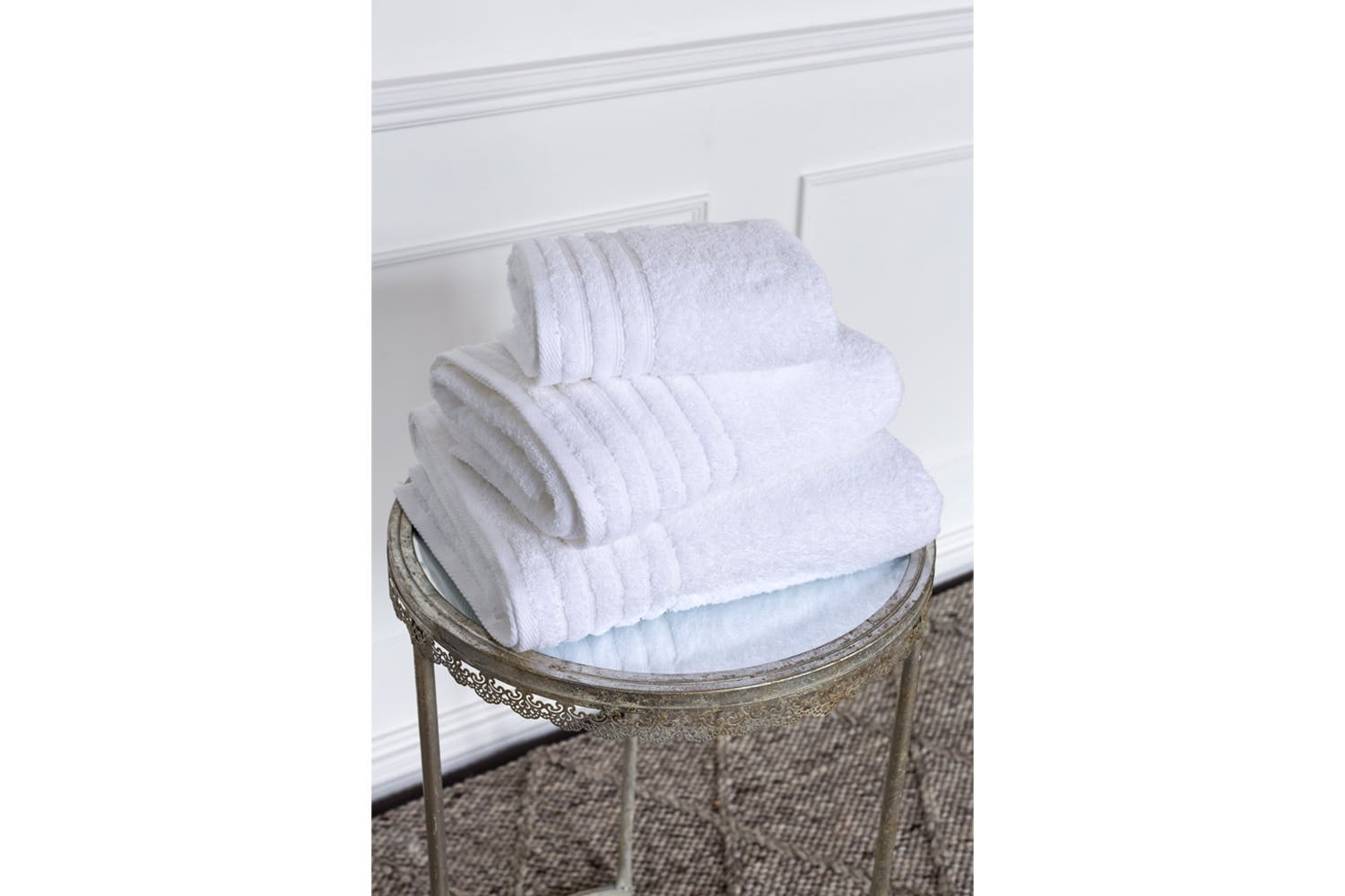 The Linen Room Towels Hand Towel | White