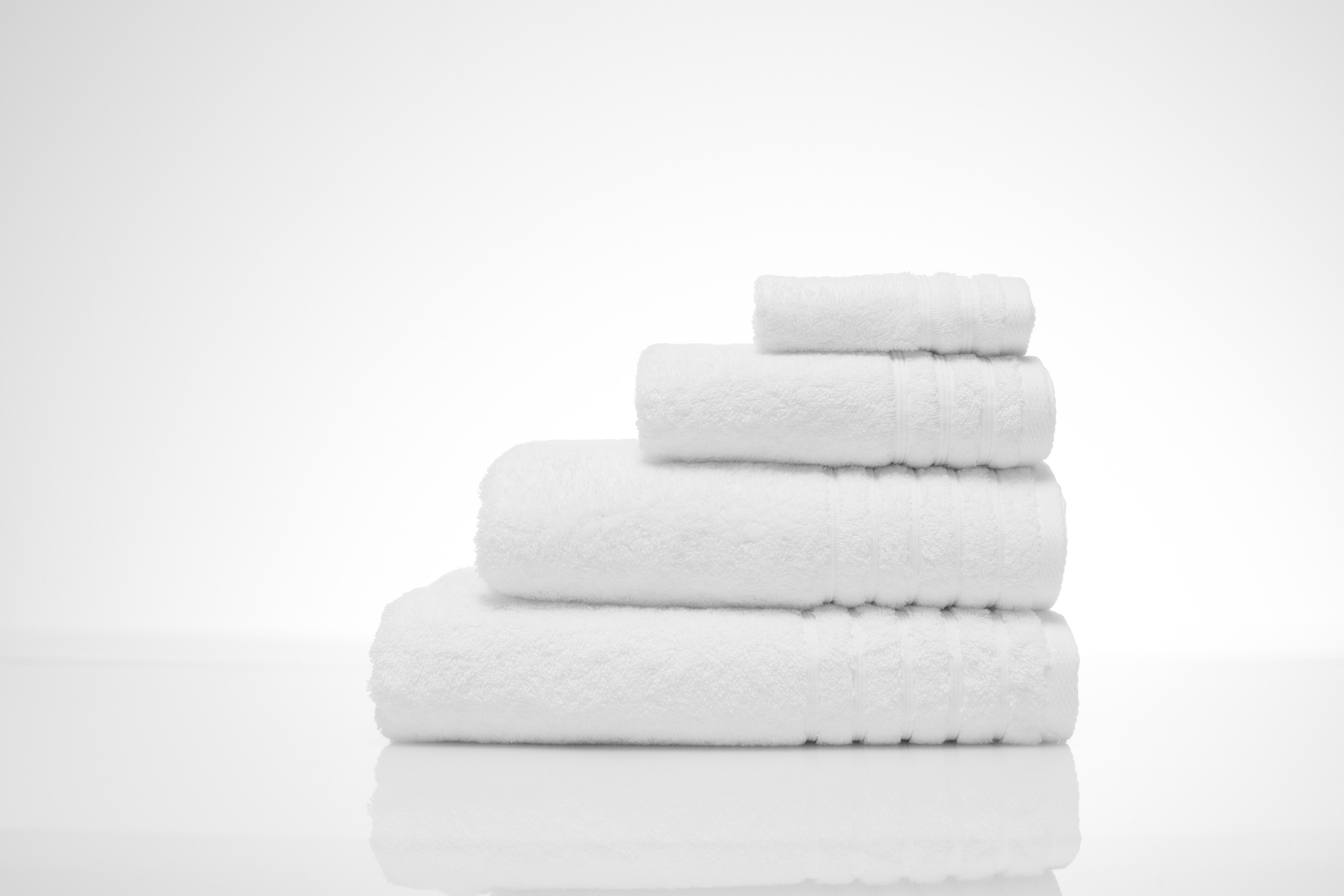 The Linen Room Towels Bath Towel | White
