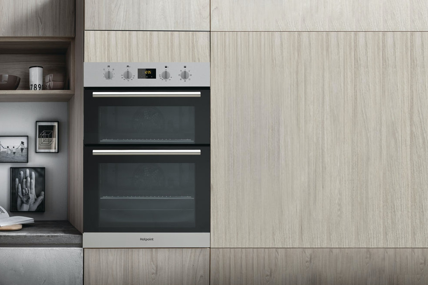 Hotpoint Class 2 Built In Double Oven | DD2 544CIX