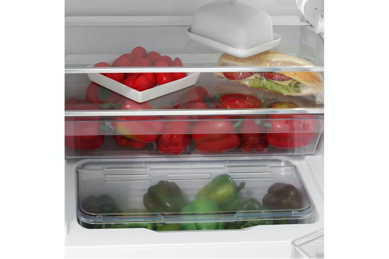 Bosch Series 6 Undercounter Fridge Freezer | KUL15A60GB