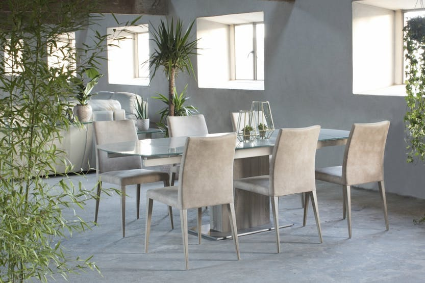 Lucci Light 9-Piece Dining Set | Low Calvino Dining Chairs